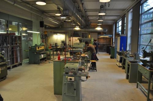 DEA workshops - metal machining area